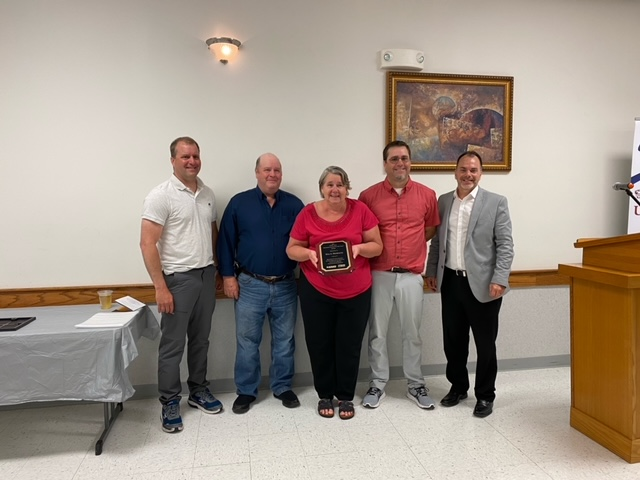 M and A Products Honored at Banquet
